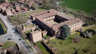 Vista aerea del Castello di Ponte Poledrano - Bentivoglio
